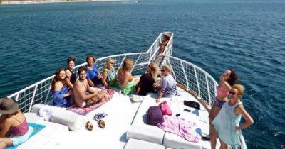 Ç-17 üyeleri tekne turunda coştular