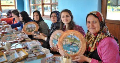 Troya kadınlarından el işi ürünler