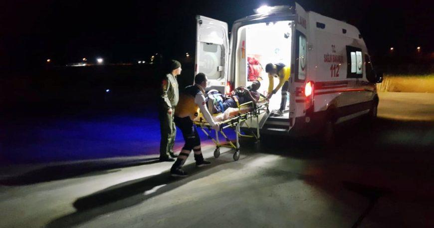 Askeri helikopter hasta getirdi