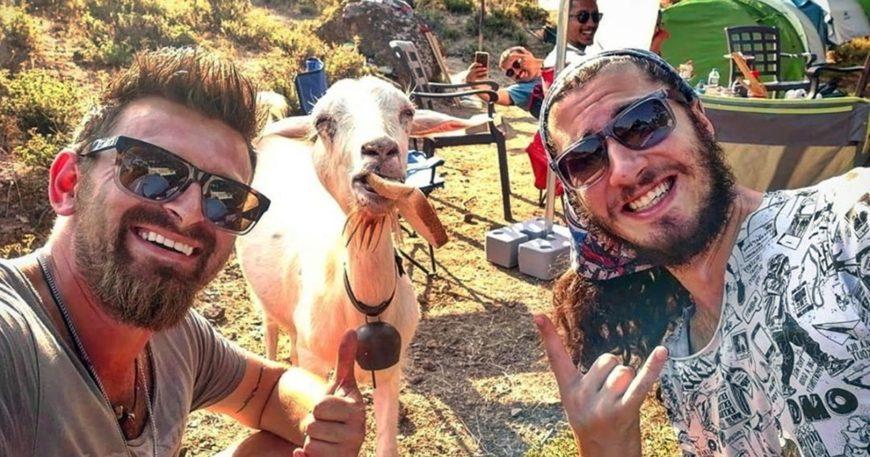 Keçi ile özçekim