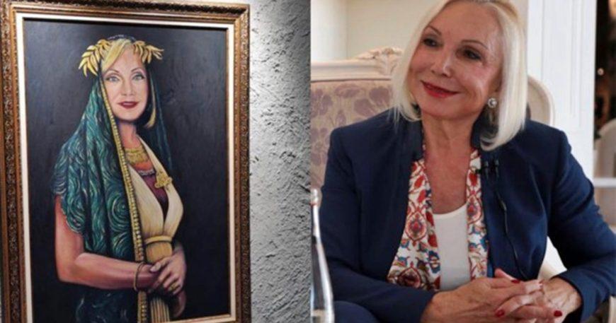 Truvalı Nurten portresi damga vurdu