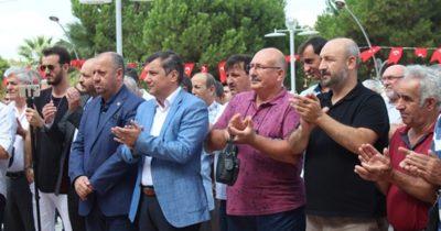 İşten çıkarılan işçilerden protesto