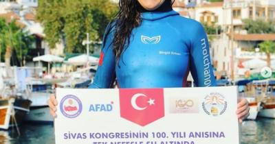 Sivas Kongresi'nin 100'üncü yılında 100 metre anı dalışı