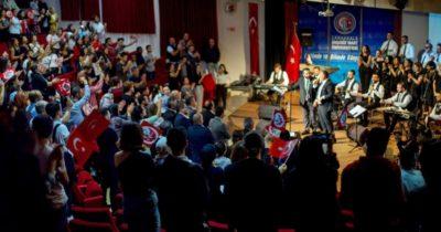 Tüm geliri Mehmetçik Vakfı'na bağışladılar