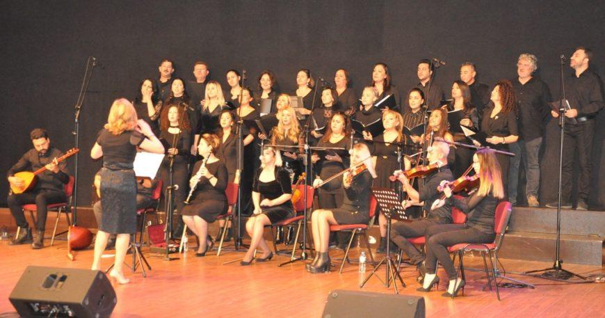 Öğretmenlerden konser ve sergi