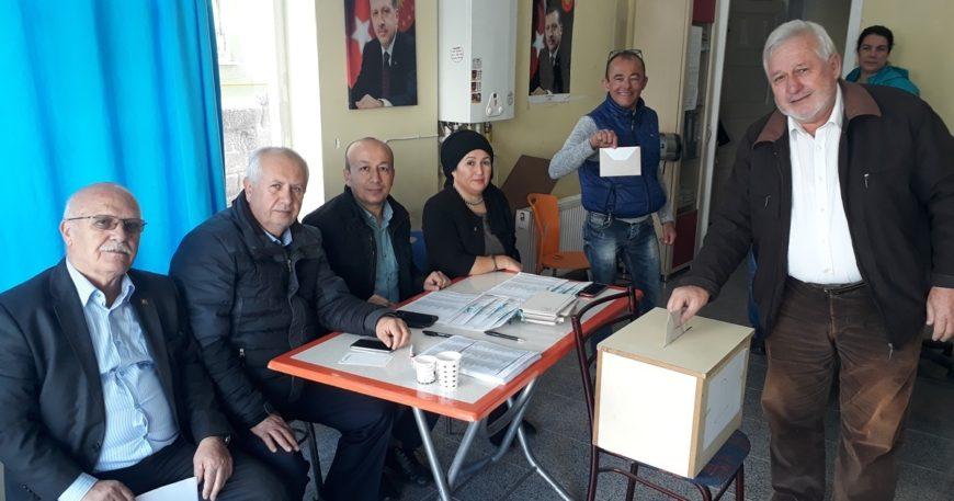 Ak Parti delege seçimleri devam ediyor