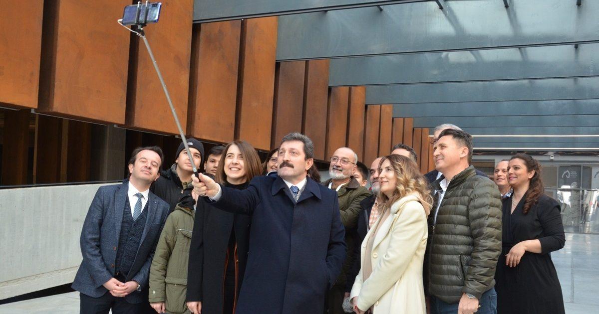 Müzede Selfie Günü'ne yoğun ilgi