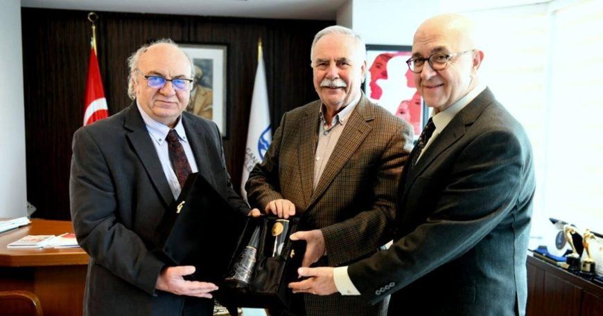 Türk Şehitlikleri İmar Vakfı'ndan Başkan Gökhan'a Ziyaret