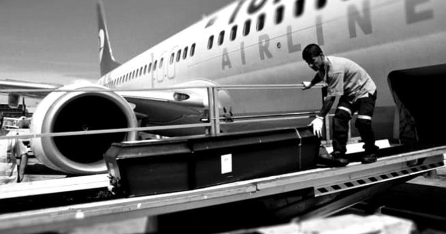 Uçakla cenaze hizmeti geldi