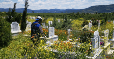 Mezarlıklarda temizlik çalışmaları