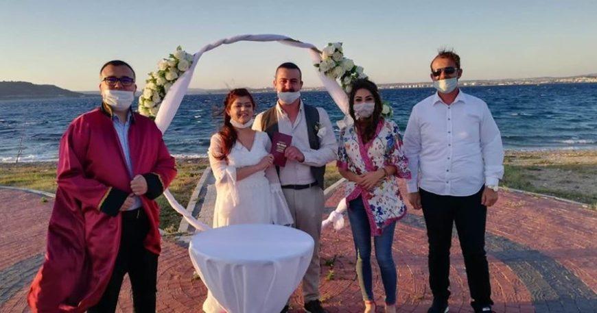 Genç çiftin nikahını kıydı