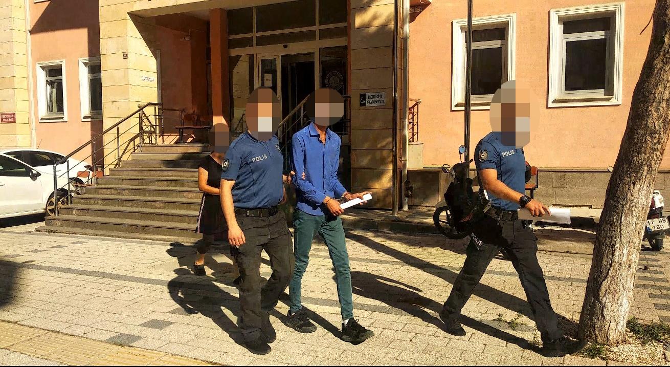 Dolandırıcılar gözaltına alındı