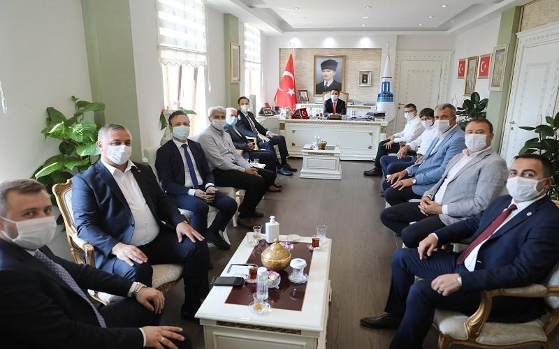 Ak Partili başkanlardan Vali Aktaş'a ziyeret
