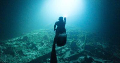 Denizlerdeki kirliliğe dikkat çekti (Video Haber)
