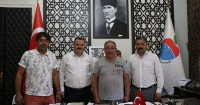 Eski başkanlardan Uygun'a ziyaret