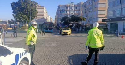 Trafik polislerinden pandemi denetimi