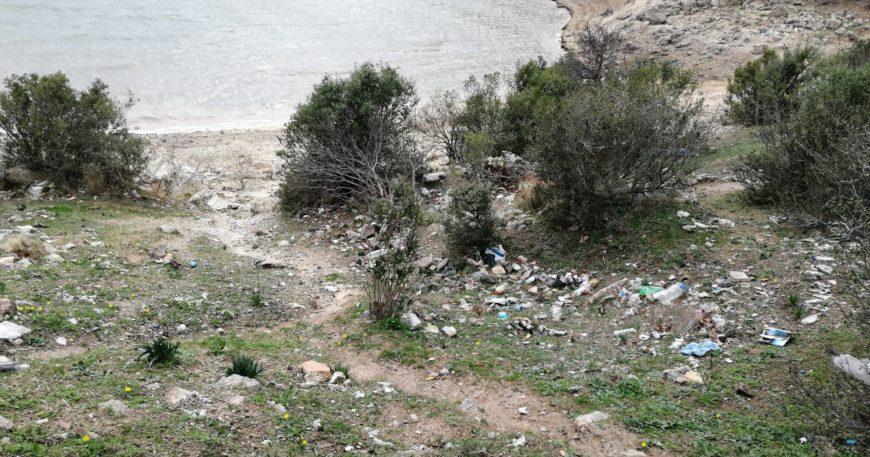 İnsanoğlunun ayak bastığı her yerde çöp var