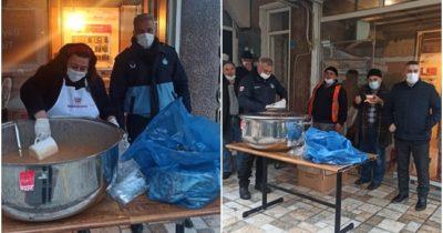 Ayvacık Belediyesi'nden çorba dağıtımı