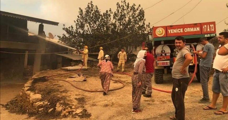 Yangın bölgesine Çanakkale'den destek