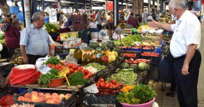 Başkan Ülgür Gökhan'dan pazar ziyareti