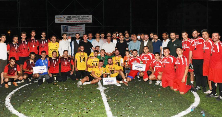 Gençlik kolları turnuvasında şampiyon Kumluyolspor