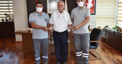 Verilen hediyeyi Ahmet Alp için bağışladılar