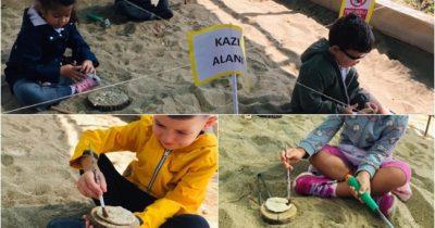 Minik arkeologlar iş başında… (videolu haber)