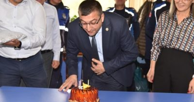 Personelden Başkan'a sürpriz doğum günü